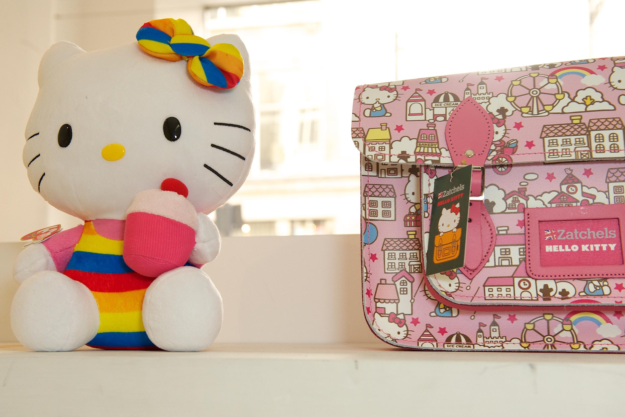 サッチェルバッグ<Hello Kitty Collection>