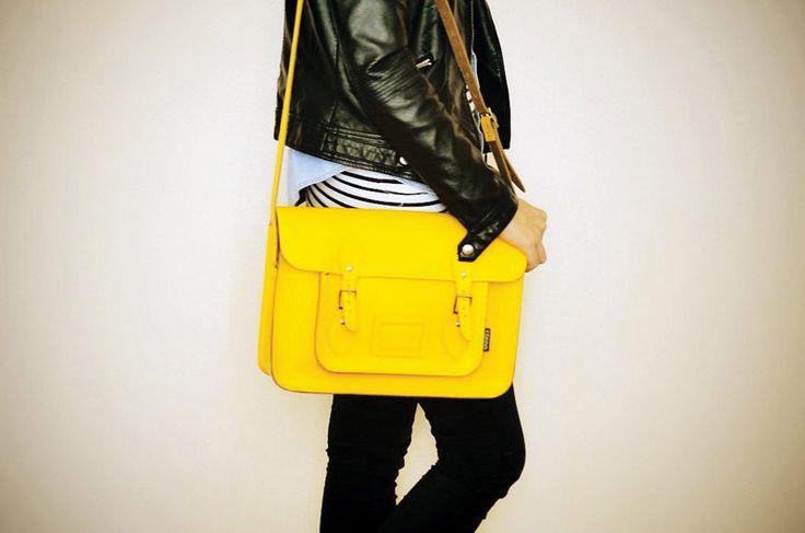 サッチェルバッグ<Classic Collection / Yellow>